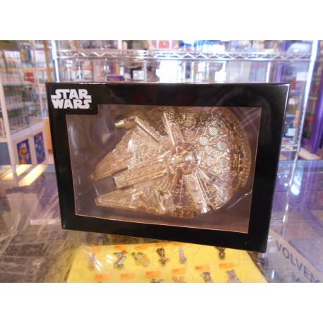 Millenium Falcon - Gold - Figura Premium Star Wars 1/200