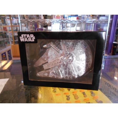 Millenium Falcon - Silver - Figura Premium Star Wars 1/200