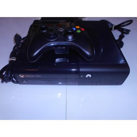 Xbox 360 E 250 Gb (Solo venta en tienda)